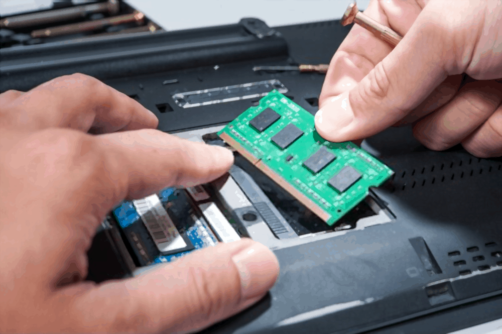 How much RAM do I need for Solid Works